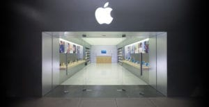 Le lancement de l'iPhone6 et 6Plus en septembre dernier a prouvé une fois de plus que l'engouement des consommateurs à l'égard du téléphone intelligent d'Apple est loin de s'être estompé.