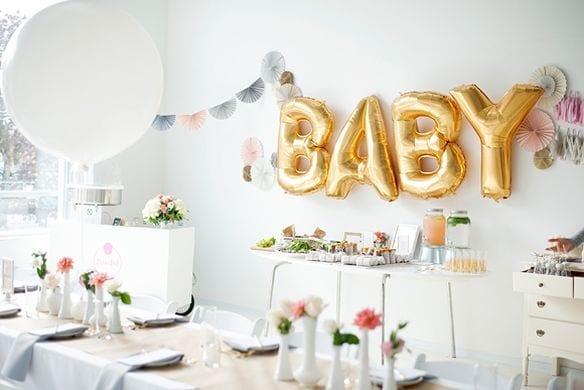 Les meilleures idées-cadeaux pour une fête prénatale