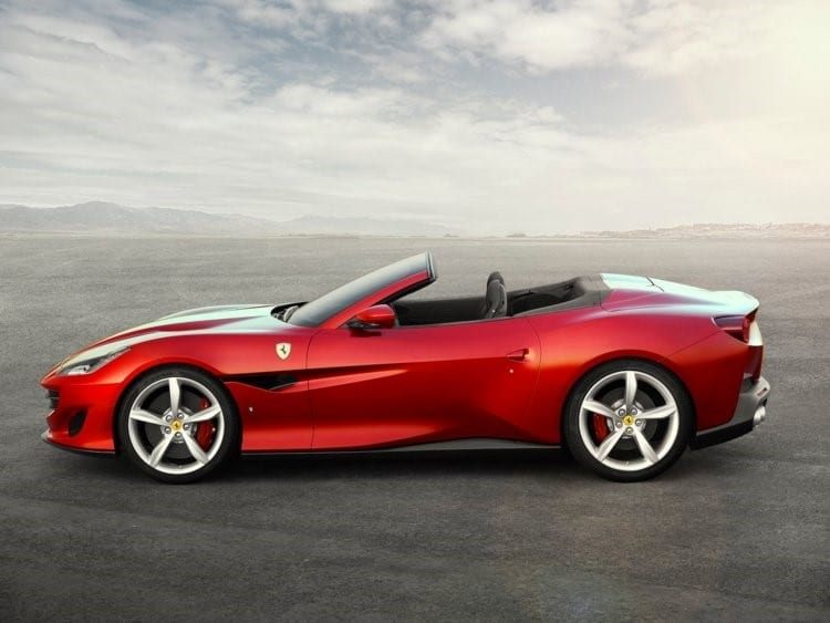 Ferrari Portofino décapotable rouge