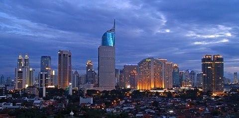 ville pleine à craquer en Indonésie à Jakarta
