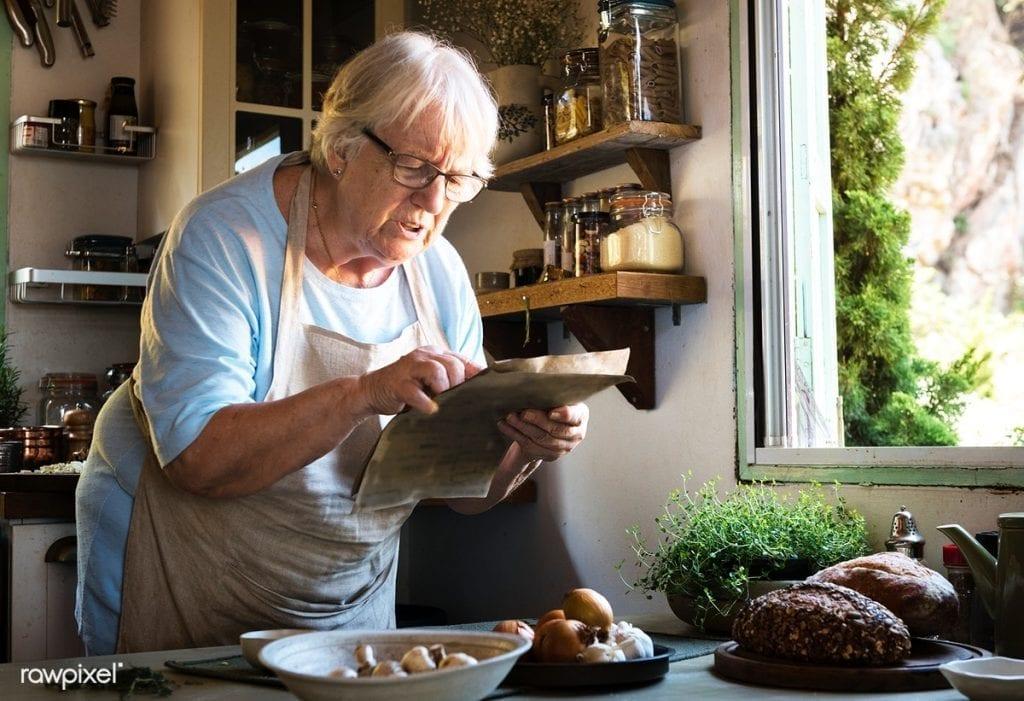 Les fameuses recettes de grand-mère pour guérir une grippe, un rhum et autres maux